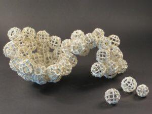 Drie-dimensionele vormen maken en samenstellen…